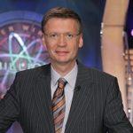 Günther Jauch trägt Brille